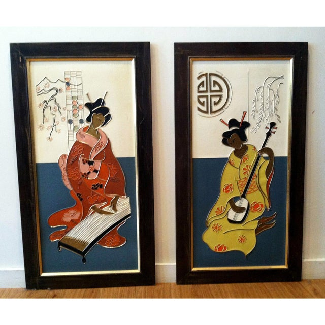 Mid Century Japanese Geisha Art Panels, Pair For Sale In New York - Image 6 of 8