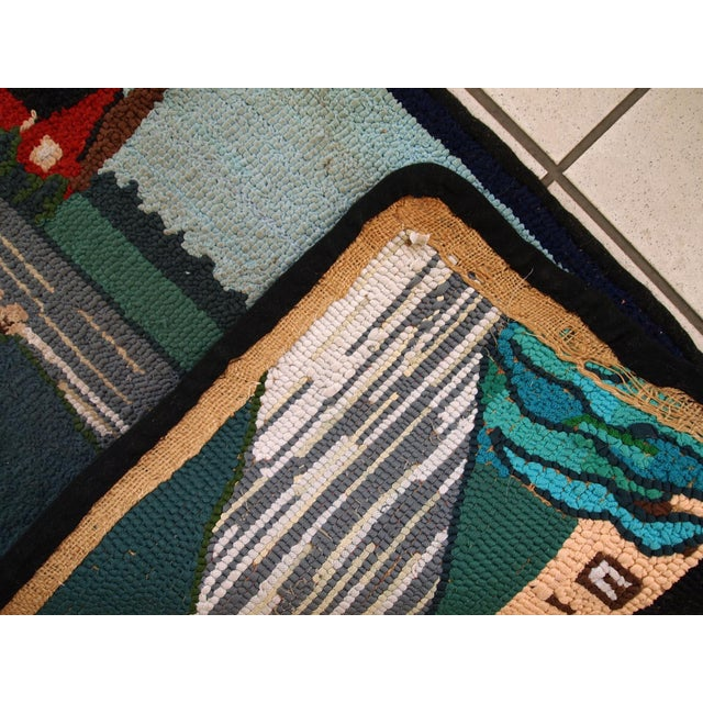 1960s Vintage American Hooked Rug- 1′6″ × 3′ For Sale - Image 5 of 10