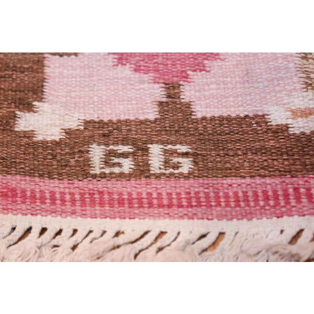 Cottage Vintage Swedish Kilim Rug by Gitt Grannsjo Carlsson - 4′7″ × 6′7″ For Sale - Image 3 of 10