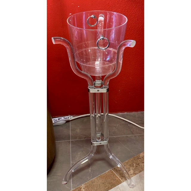 Modern Dorothy Thorpe Lucite Stand and Champagne Bucket For Sale - Image 3 of 9