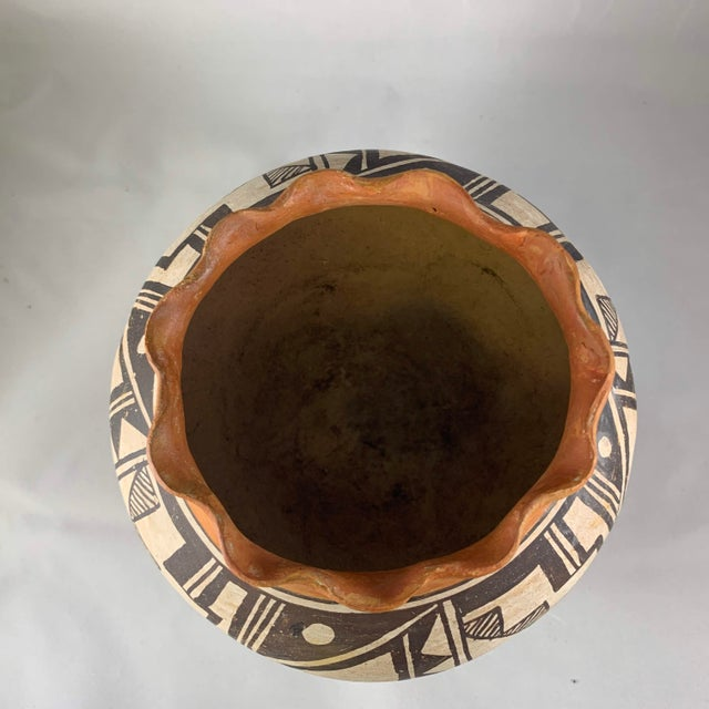 Mid 20th Century Acoma Pueblo Southwestern Olla Jar For Sale - Image 5 of 12
