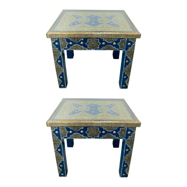 Hollywood Regency Style Moroccan Brass Blue Rectangular Side or End Table, Pair For Sale