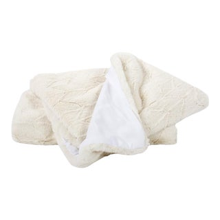 Kenneth Ludwig Chicago Angora Natural Throw For Sale
