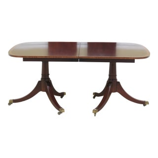 1960s Traditional Mahogany Duncan Phyfe Banded Dining Table For Sale