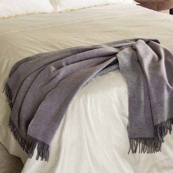 Frette Italian Fine Wool Throw - Image 8 of 11