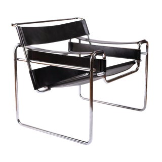 Vintage Marcel Breuer Mid Century Modern Wassily Black Strap Leather Chair For Sale