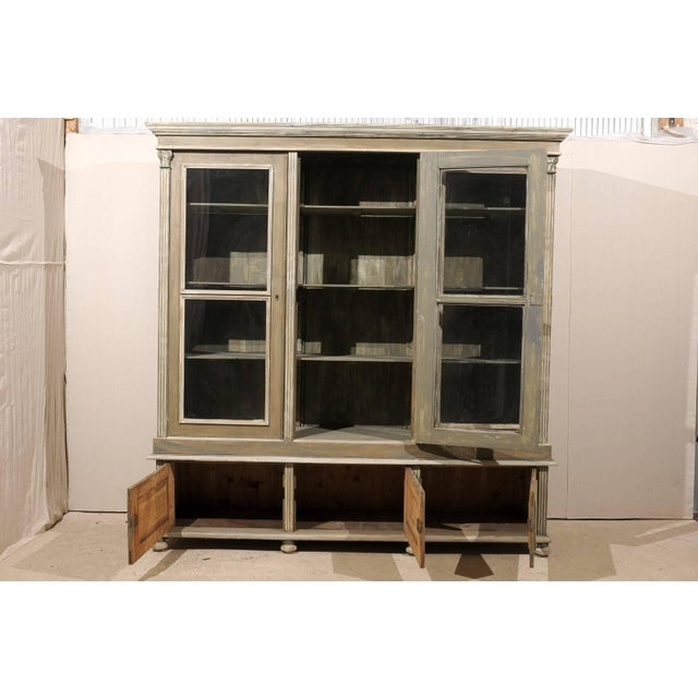 French French 19th Century Wood Cabinet With Three Glass Doors Raised on Round Feet For Sale - Image 3 of 10