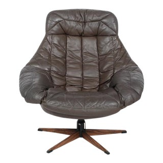 Mid-Century Brown Leather Swivel Glove Chair For Sale