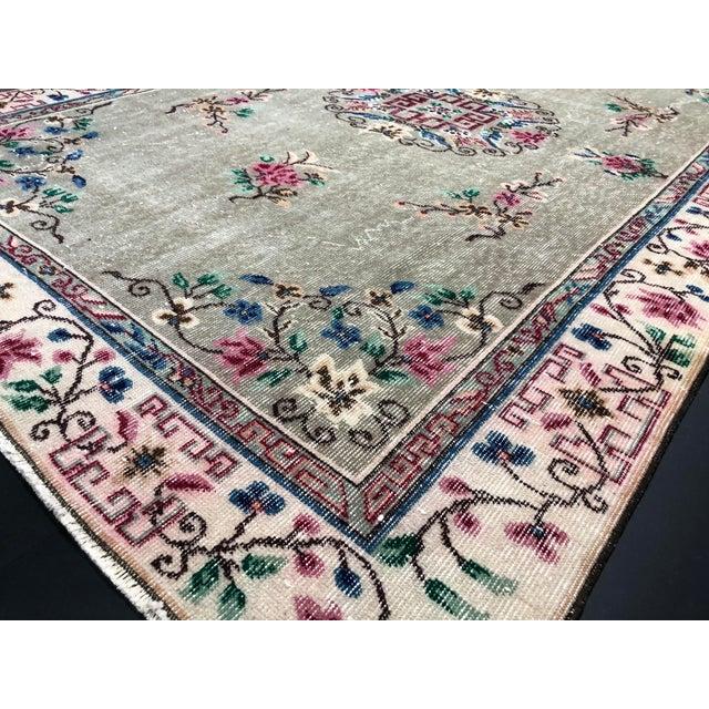 1970s Vintage Floral Design Turkish Anatolian Handwoven Rug - 5′8″ × 8′8″ For Sale - Image 9 of 11
