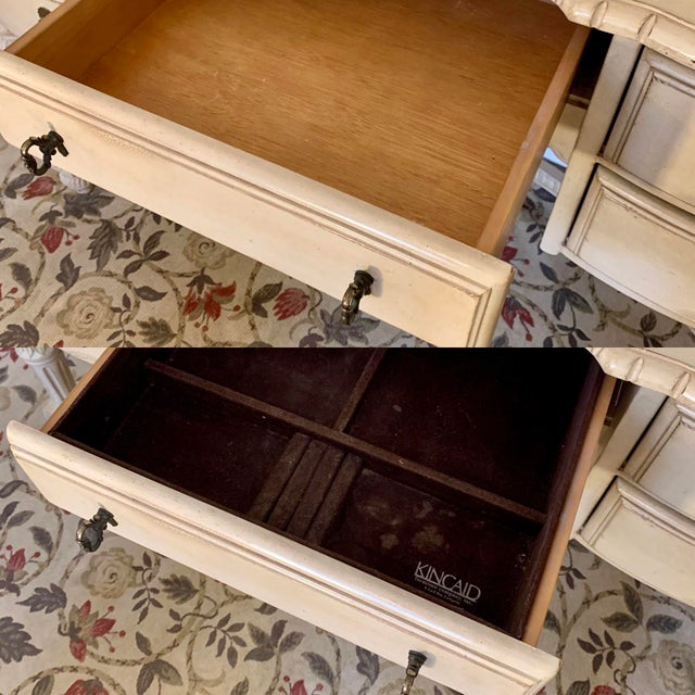 2000 - 2009 Laura Ashley for Kincaid Furniture French Provincial Style Vanity With Mirror For Sale - Image 5 of 10