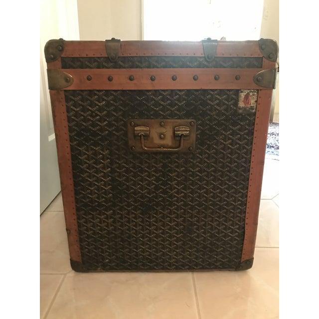 French 1925 Antique Goyard Steamer Luggage Trunk For Sale - Image 3 of 13