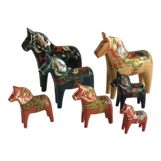 Collection of Nils Olsson Swedish Dala Horses For Sale