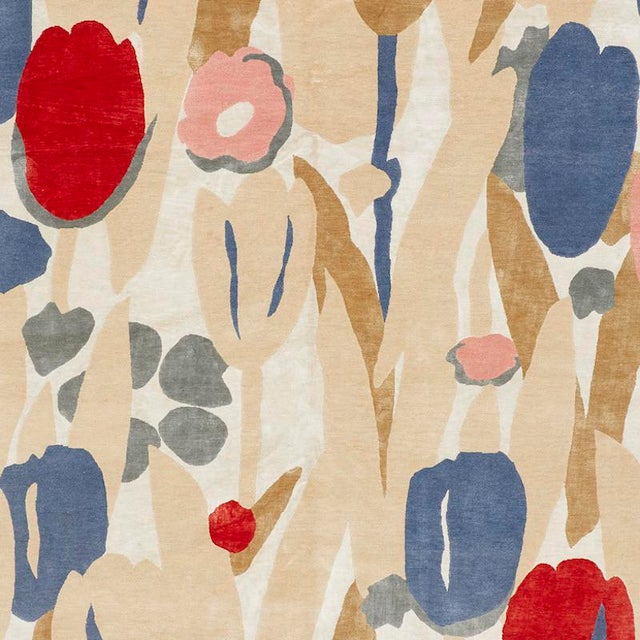 Schumacher Schumacher Patterson Flynn Martin Promenade De Printemps Grande Hand Knotted Wool Silk Modern Rug For Sale - Image 4 of 5