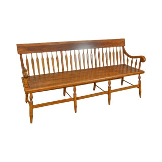 Duckloe Bros Vintage Maple Large Arrow Back Deacons Bench For Sale