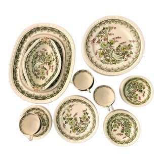 "Spode Centurion ""Malay"" Dinnerware Service for 8 For Sale"