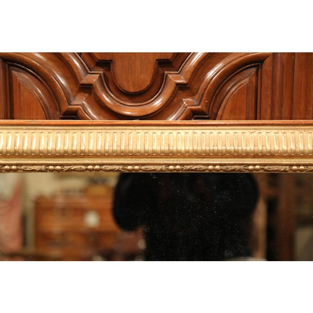 19th Century French Louis XVI Carved Gold Leaf Mirror with Two-Tone Stripe Motif For Sale In Dallas - Image 6 of 9