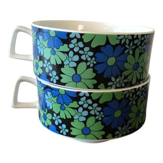 Vintage Retro Stackable Blue & Green Mugs - A Pair