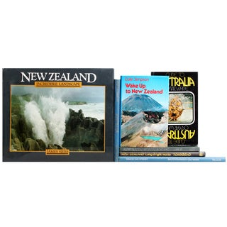 Australia & New Zealand Travel Books - S/7