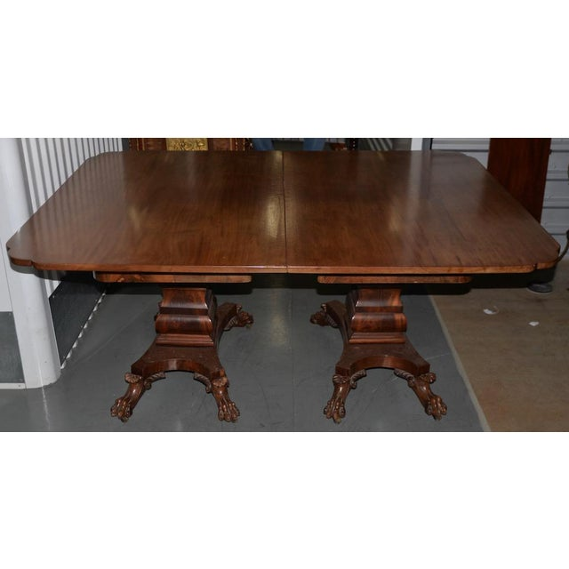 Hollywood Regency 19th C. William IV Style Mahogany Extending Dining Table W/ Lions Paw Feet For Sale - Image 3 of 7