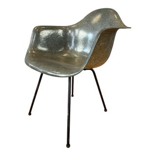 1st Generation Zenith Plastic Rope Edge Chair, Charles Eames for Herman Miller B For Sale