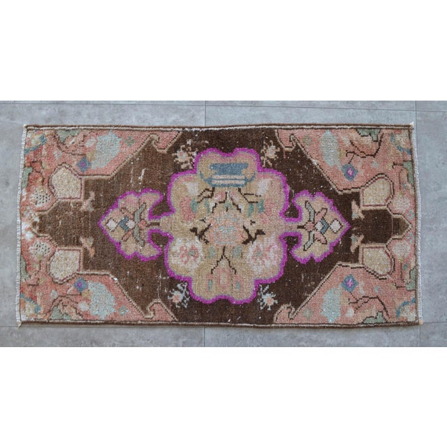 Hollywood Regency Low Pile Turkish Rug Hand Knotted Faded Mat Small Area Rug - 1′6″ × 2′11″ For Sale - Image 3 of 6