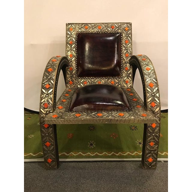 Royal Style Camel Bone Armchair For Sale - Image 4 of 10