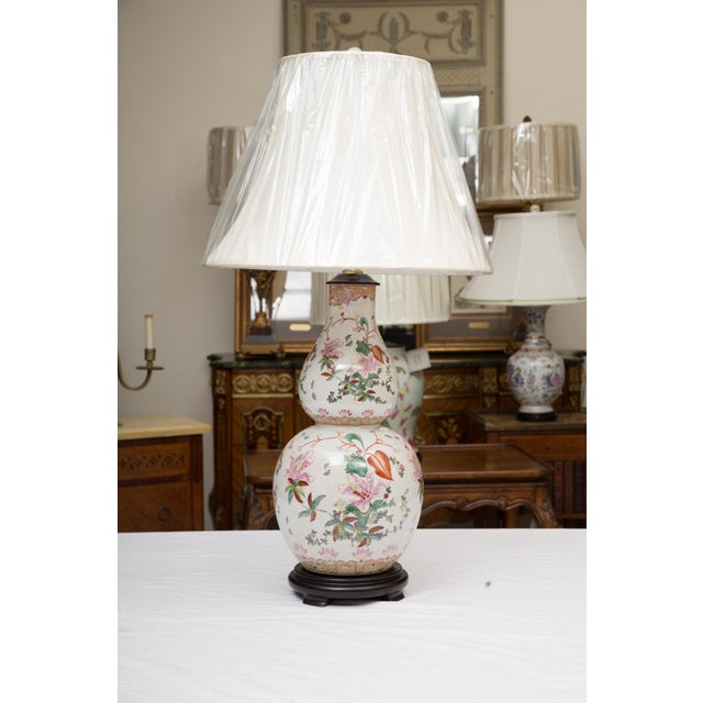 White Gourd Shaped Table Lamps with Floral Designs For Sale - Image 8 of 9