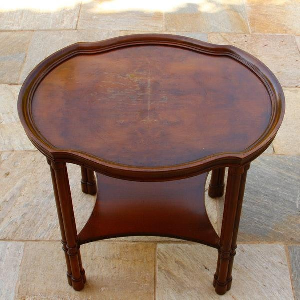 1970s 1970's Chippendale Hekman Walnut Inlay Veneer Side Table For Sale - Image 5 of 6