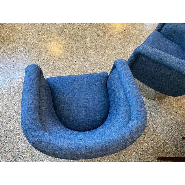 Blue Mid-Century Modern Leon Rosen for Pace Chairs Memory Swivel - a Pair For Sale - Image 8 of 13