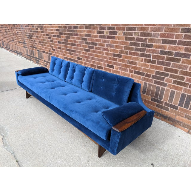 Vintage Mid-Century Sofa For Sale - Image 6 of 10