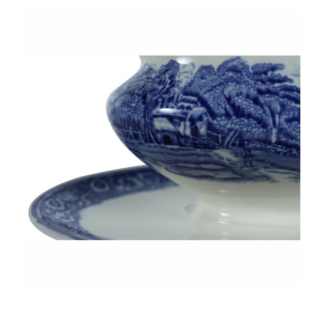 Rural England Blue Gravy Boat - Image 3 of 4