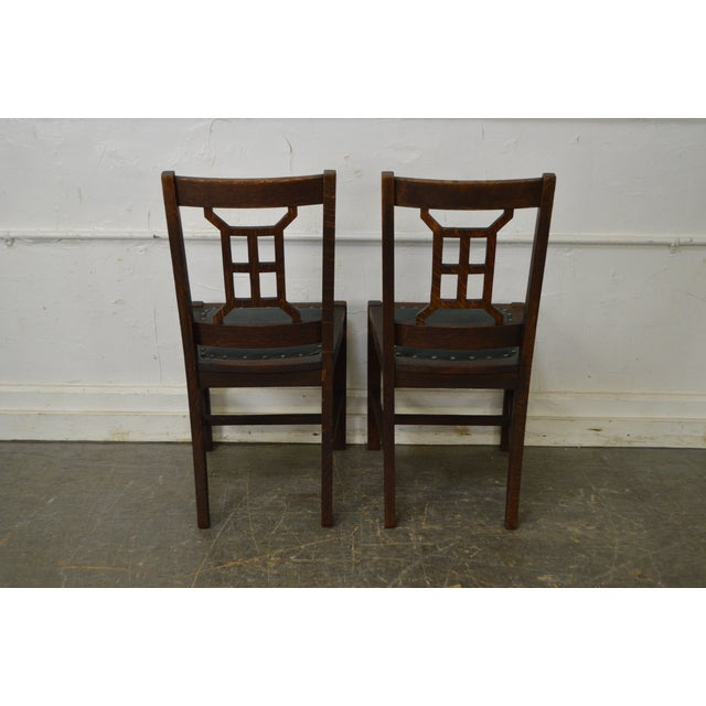 Antique Mission Style Michigan Chair Co. Dining Chairs - Set of 4 For Sale - - Antique Mission Style Michigan Chair Co. Dining Chairs - Set Of 4
