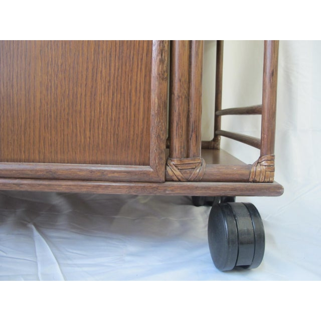 1980s Mid-Century Modern McGuire Wood Dry Bar Rolling Cart For Sale In Portland, OR - Image 6 of 12