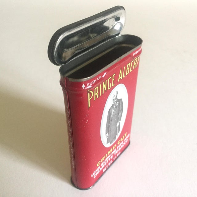 "Vintage 1970's ""Prince Albert Crimp Cut"" Lithograph Tobacco Tin Oval Box For Sale - Image 4 of 11"