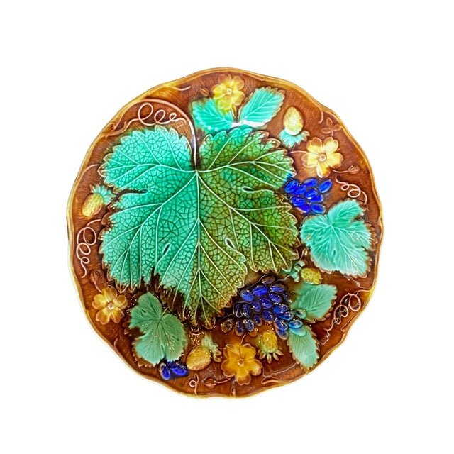 French 19th Century French Majolica Plate For Sale - Image 3 of 6