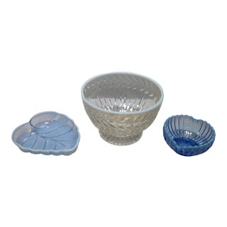 Fenton French Opalescent Glass Bowls - Set of 3 For Sale