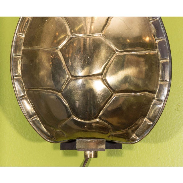 Hollywood Regency Brass Tortoise Shell Sconce by Chapman For Sale - Image 3 of 7