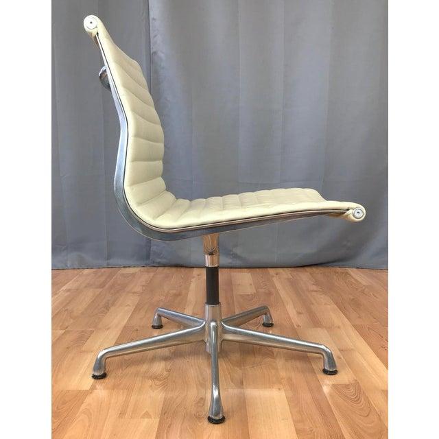 Herman Miller Eames Aluminum Group Side Chair for Herman Miller For Sale - Image 4 of 13