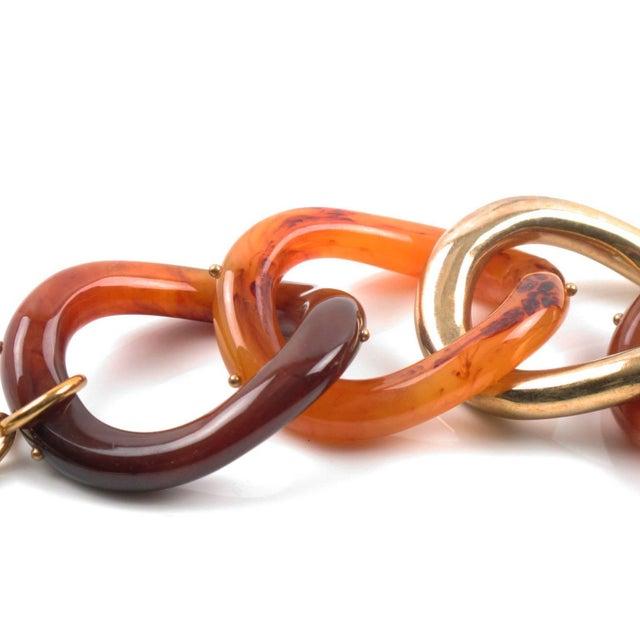 Kara by Kara Ross Tortoise Lucite and Gilt Metal Large Link Bracelet For Sale - Image 4 of 6