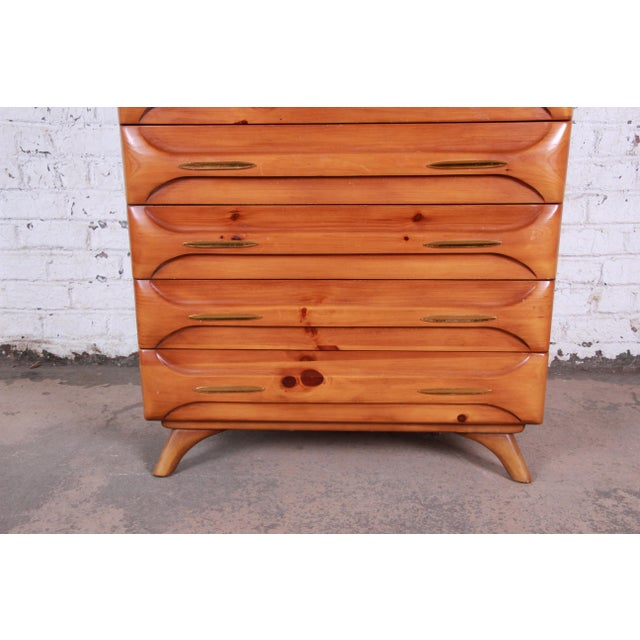 1950s Franklin Shockey Rustic Modern Sculptured Pine Highboy Dresser C. 1950s For Sale - Image 5 of 10