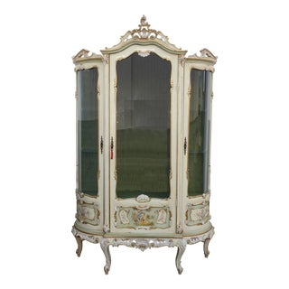 Vintage French Provincial Louis XVI Rococo Italian Off White Display Cabinet For Sale