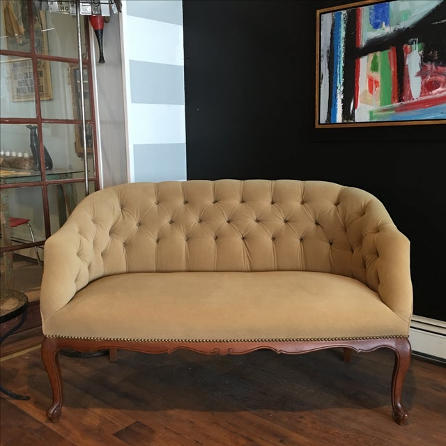 French Taupe Velvet Tufted Settee - Image 2 of 6
