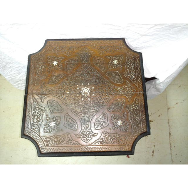 Mother-of-Pearl 19th Century Anglo Indian Inlaid Wood Tea Table For Sale - Image 7 of 10