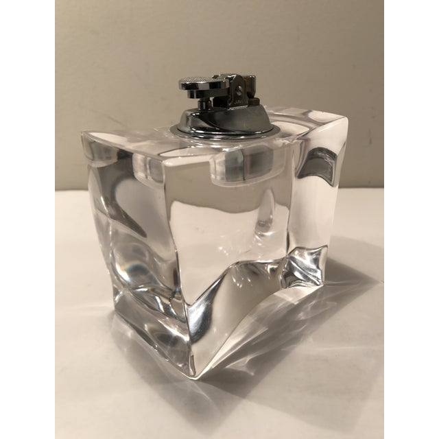 Lucite Vintage Mid-Century Modern Lucite Table Lighter For Sale - Image 7 of 7