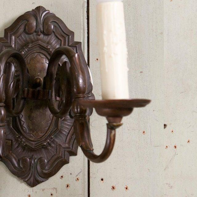 Pair Belgian Flemish Baroque-Style Bronze Sconces, circa 1910 For Sale - Image 5 of 10