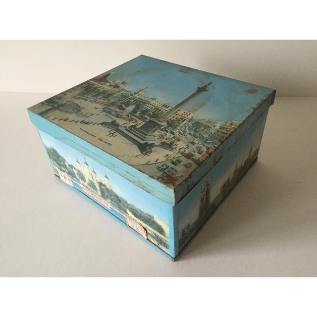 1940's Elkes Ltd. Trafalgar Large Square English Biscuit Tin Box With Lid For Sale - Image 5 of 11
