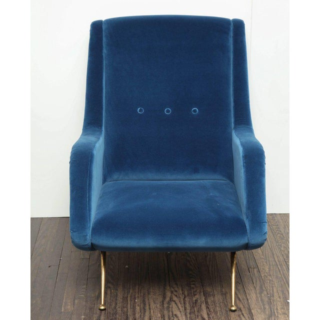 1960s Pair of Parisi Vintage Italian Club Chairs Upholstered in Teal Blue Velvet For Sale - Image 5 of 9