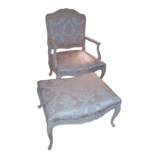 Painted Country French Chair & Footrest - Louis XV Style - Cream Colored Fabric For Sale