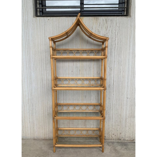 French 20th Midcentury Bamboo and Glass Étagère, Pagoda Style. Four Shelves For Sale - Image 3 of 7