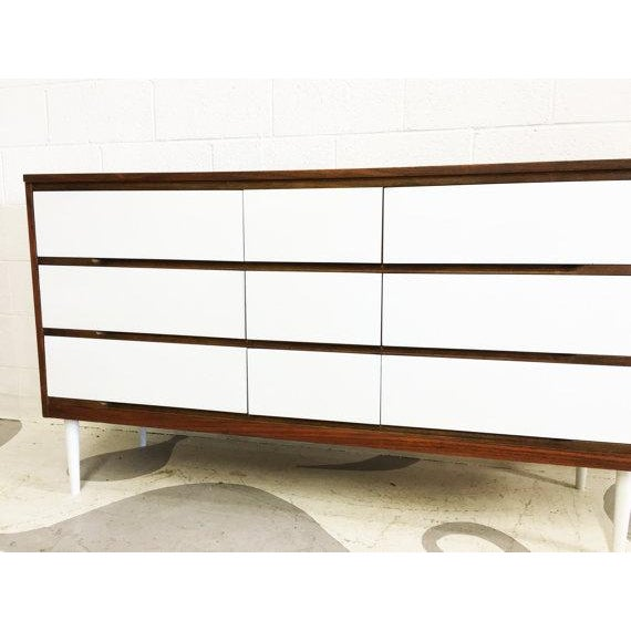 Two-Tone Mid-Century Modern Dresser - Image 4 of 6